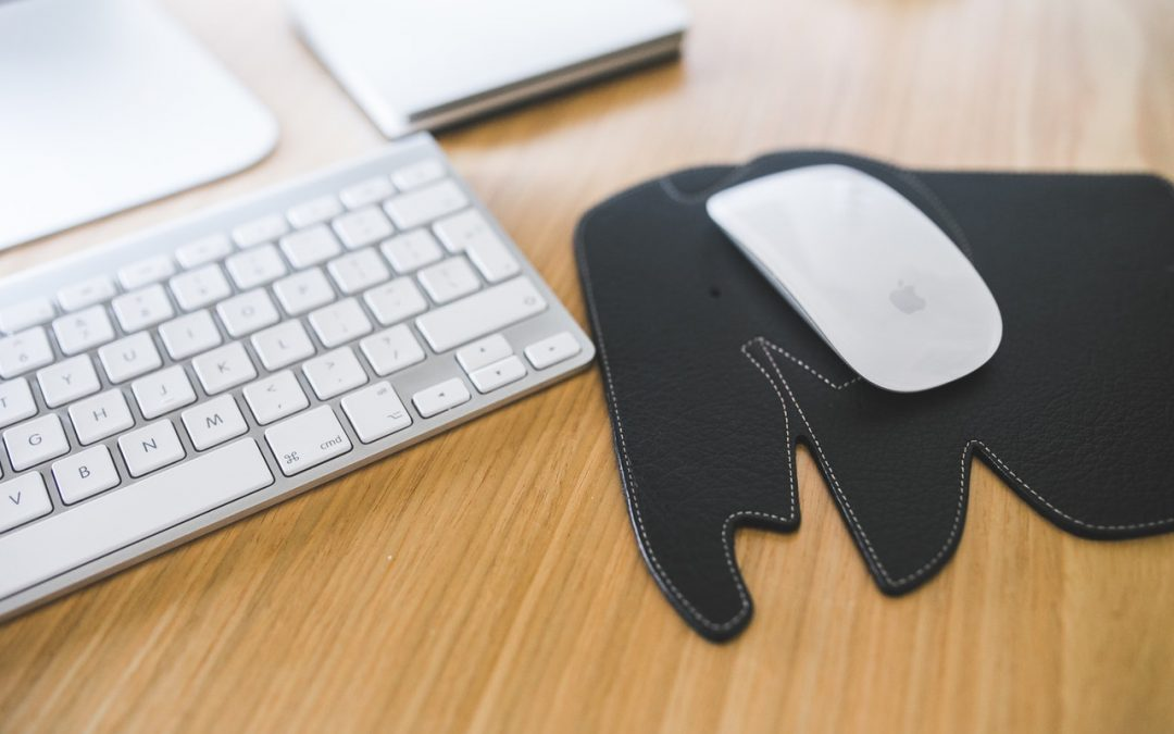 How To Buy The Best Mouse Pad (And 5 You Need To Know)